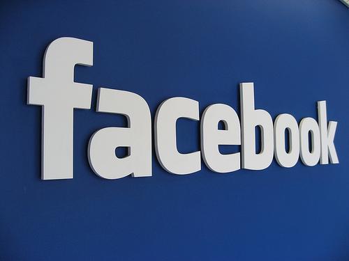 Facebook ofrece buenas oportunidades de negocio si lo usamos bien